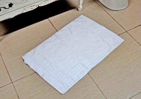 C mo limpiar el ba o como limpiar - Como quitar el sarro del piso ceramico ...