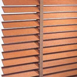 C mo limpiar cortinas - Barra de madera para cortinas ...