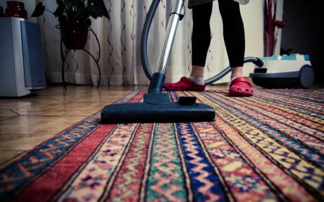 C mo limpiar una alfombra - Como lavar alfombras ...