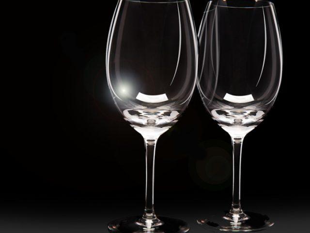 C mo limpiar copas de vidrio o de cristal - Limpiar lamparas de cristal ...