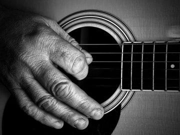 guitar-806255_960_720