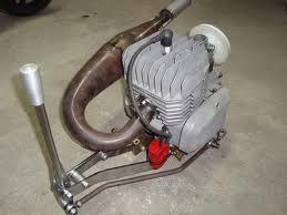 Cómo limpiar el motor 50cc de una moto ?