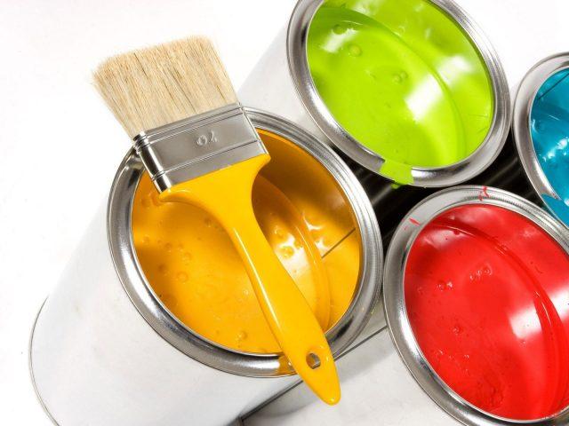 C mo limpiar y quitar el olor a pintura for Como quitar manchas de pintura del piso