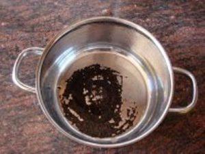 Cómo limpiar las ollas quemadas?
