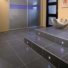 Como limpiar los azulejos del baño y sus juntas?