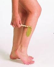Cómo limpiar restos de cera depilatoria en la piel?