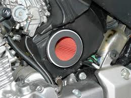 Como limpiar el filtro de aire de una moto?