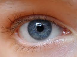Como limpiar ojos con conjuntivitis?