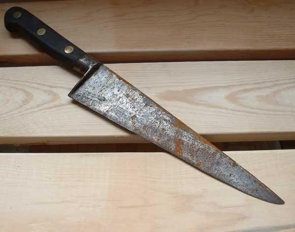Como limpiar un cuchillo oxidado - Como quitar manchas de oxido en piso de ceramica ...