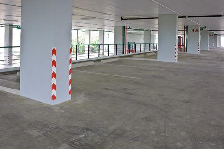 Como limpiar pisos de cemento alisado o micro cemento - Como sacar manchas de oxido del piso de ceramica ...