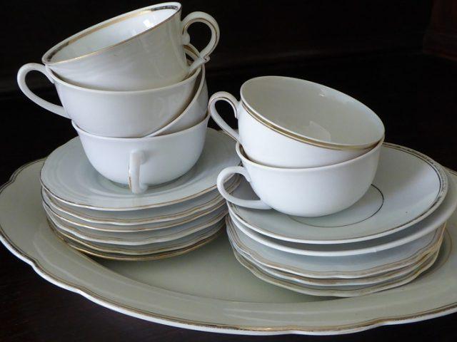 C mo limpiar o blanquear la porcelana - Como quitar manchas del piso de ceramica ...