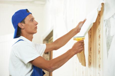 C mo quitar los restos de pegamento del papel de pared - Como quitar manchas de pegamento ...