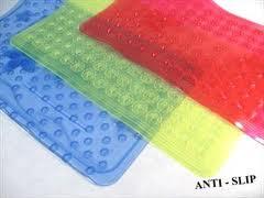 Cómo limpiar alfombra antideslizante?