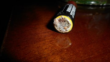 como-limpiar-las-pilas-sulfatadas