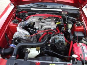 Cómo limpiar el motor de un auto?
