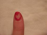 Cómo limpiar esmalte de uñas sin quitaesmalte?