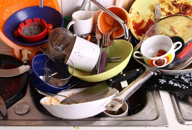 C mo limpiar platos sin detergente - Como quitar manchas del piso de ceramica ...