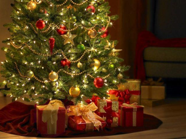 Cmo limpiar un rbol de navidad
