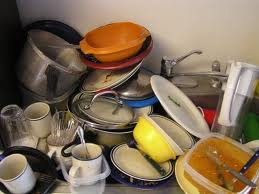 Cómo limpiar platos sin detergente?