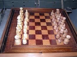 Cómo limpiar un ajedrez de madera?