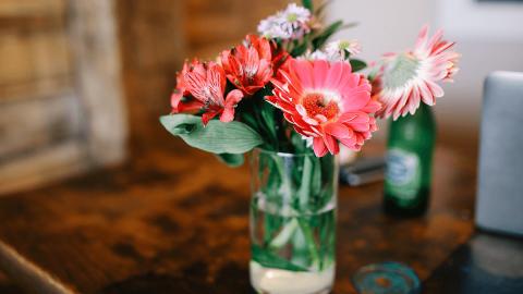 Flores-en-botes-de-cristal-Jar-flowers-2