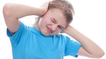 como sacar agua de los oidos