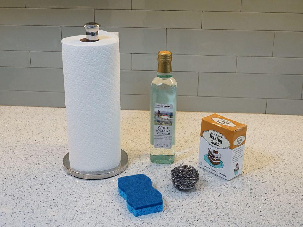 Ingredientes para limpiar ollas, sartenes y cacerolas quemadas